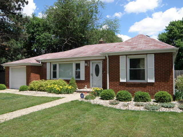 Remodeled Executive Home - 3 Blocks To Nd