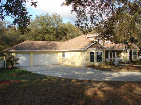 4br - Lovely Country Home On 2.3 Gorgeous Acres