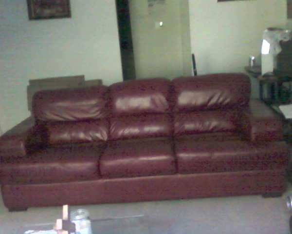Leather Couch In Excellent Condition