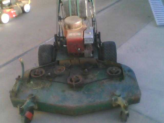 Briggs & Stratton Bobcat Commercial Classic Pro Gear Driven Mower