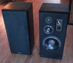 2 Infinity Sm 115 Speakers Used Infinity 130 Dundee