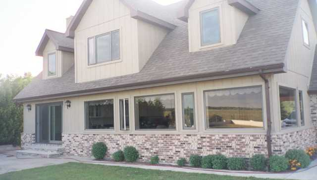 $229000 / 3br - Home On Lake Huron / Recently Reduced From $325,00