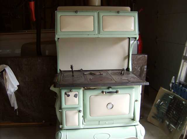Vintage Electric Stoves For Sale Craigslist ~ Antique wood stove porcelain and cast iron in wausau