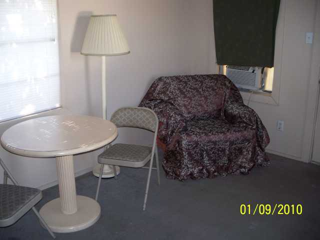 Furnished Efficiency Apartment