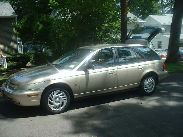 1998 Saturn Sw2 Wagon 1.9 L - 4 Speed Automatic