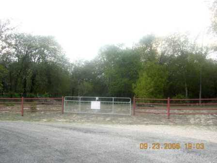 1.5 Residential Acres 15 Minutes Away From Sa