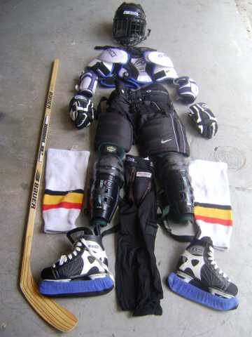 Complete Hockey Gear With Stick