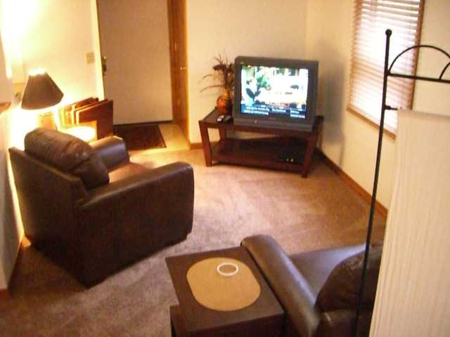 Furnished Apartment For Short Term Rental