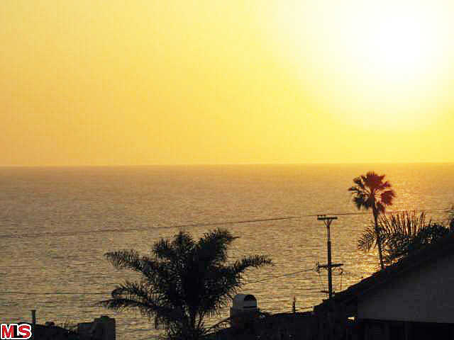 Ocean View Villa * Watchthe Sunrise * See The Sunset *