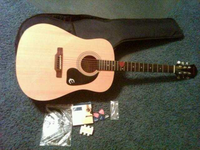 Gibson Epiphone Pr - 150 Acoustic Guitar