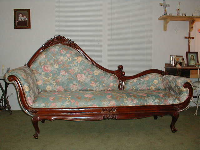 Antique victorian chaise lounge used 1 000 hankamer for Antique chaise lounges