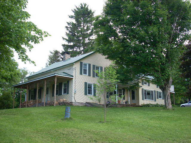 Marcellus Country Home 12 Acres Of Land