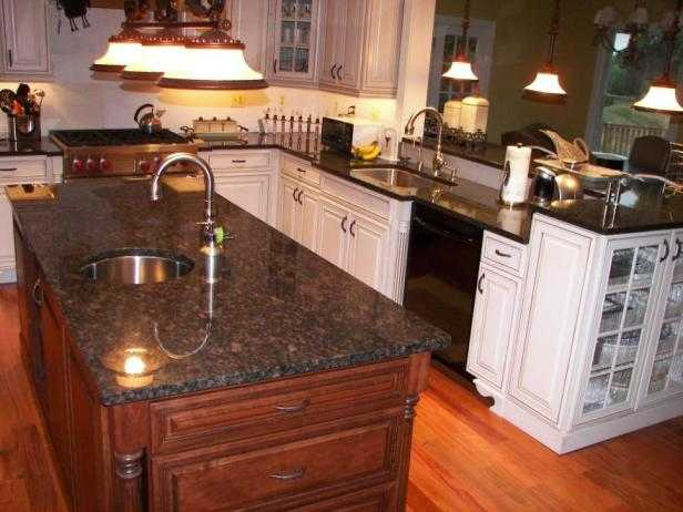Tan Brown Granite Countertops Prefabricated