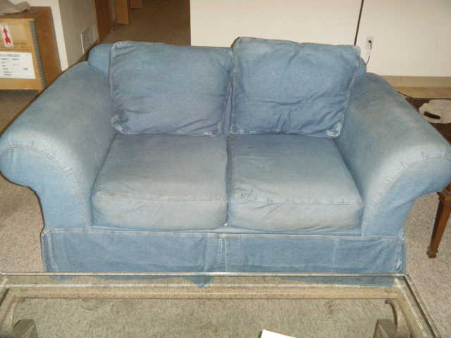 Blue Loveseat - Great For Dorms Or Apartments!