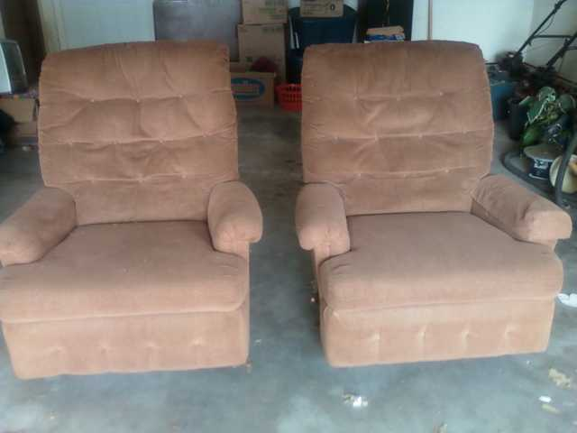 Matched Recliners