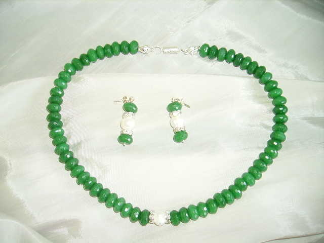 Green Jade Rondelle And Fresh Water Pearl