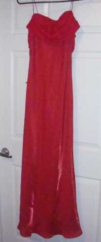 Beautiful Formal / Bridesmaid Red Dress For Sale