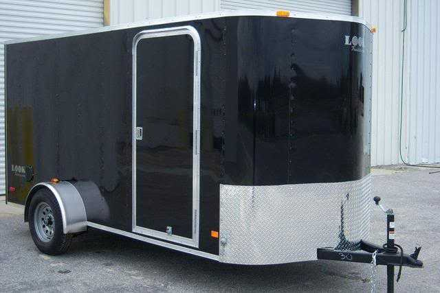 Brand New 2011 6x12 V Nose Enclosed Trailer With Ramp
