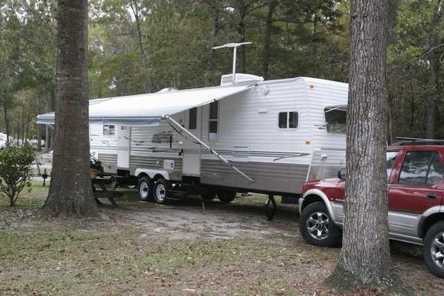 2005 Layton Travel Trailer For Vacation Rental