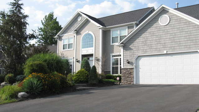 Quality Home In Minoa, 4 Br, 2.5 Baths