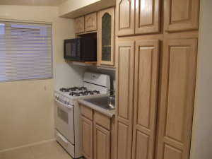 Awesome Remodeled Studio Apartment - Nice, Quiet Neighborhood