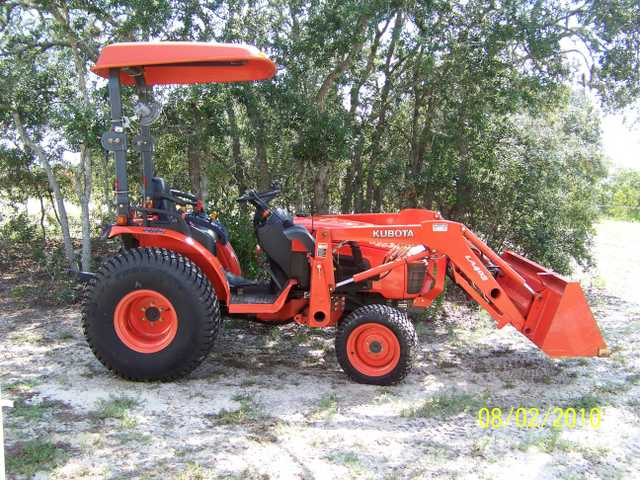Kabota B2630 With Front Loader