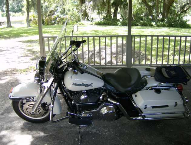 Harley Road King F. L. H. 2006