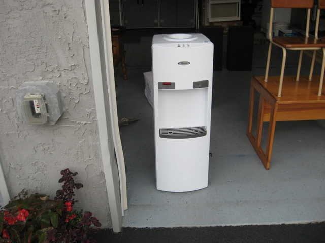Water Cooler Used Whirlpool Linglestown Area