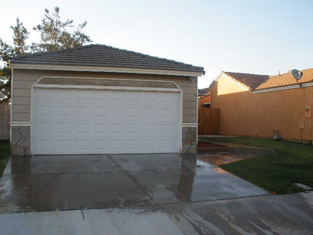 House For Lease W / Option To Buy - $1425.00 Mo.