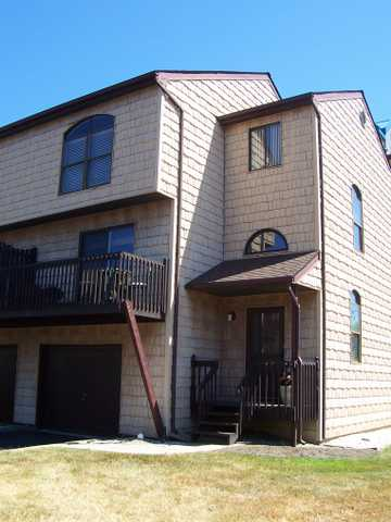 Oceanview Townhouse $525,000