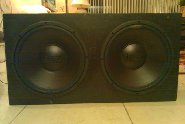 Two 15 Mtx Subs W Sealed Box 180