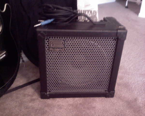 Roland Cube 30 Amp! For Sale! Cords Included!