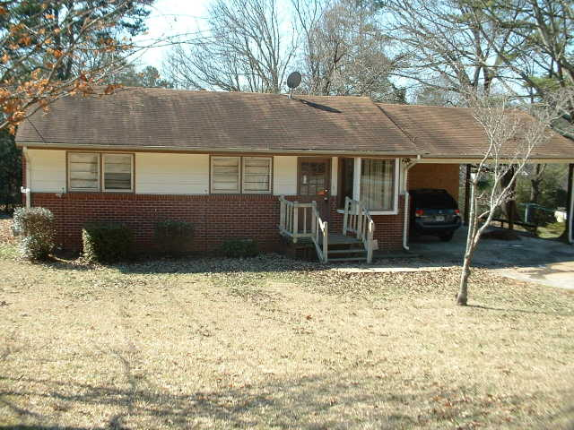 * Large Brick House * Room Addition * Move In Ready * 1600 Sq Ft