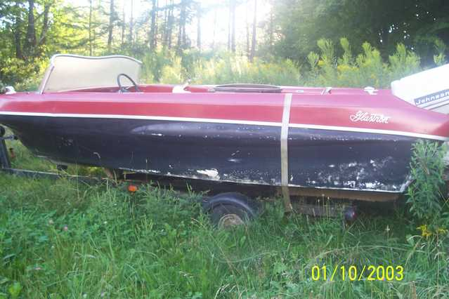 1960 Glastron 18ft. Project Boat $250 / Obo
