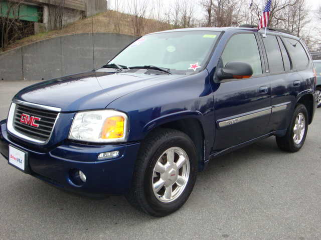 2003 gmc envoy 4x4 gmc envoy suv 99 bad credit no. Black Bedroom Furniture Sets. Home Design Ideas