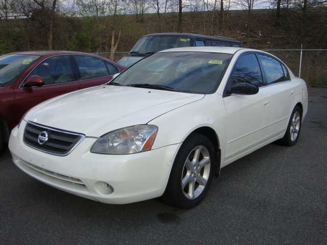 2005 Nissan Altima Loaded