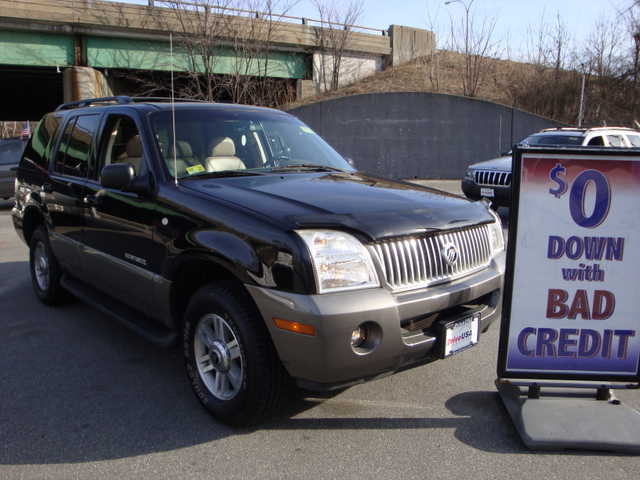 2003 Mercury Mountaineer 4x4 Loaded
