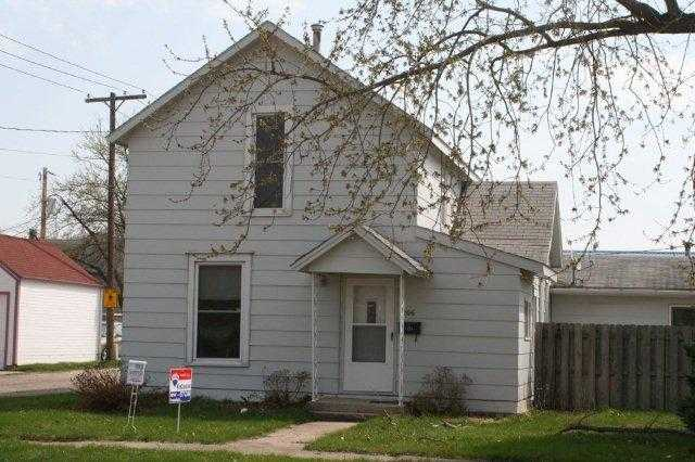 Large Home In The Heart Of Indianola