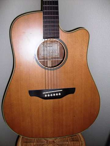 Takamine Eg 10c Acoustic Electric Guitar Excellent Condition
