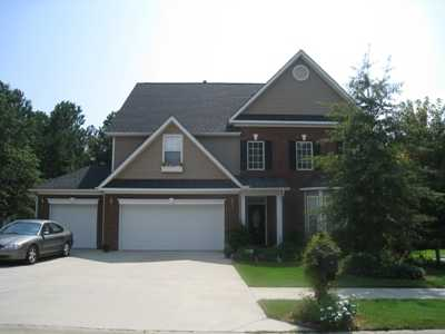 Immaculately Maintained Home In Lake Carolina!