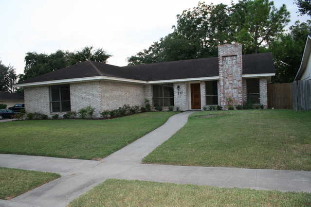 Completely Remodeled / Updated 3br / 2ba Home In Cimarron Corner Lot
