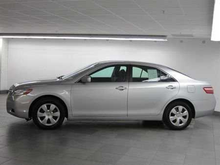 2007 Toyota Camry * Le * Auto * Perfect * 86910 * - $10900