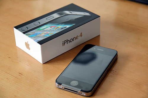 For Sale: Brand New Unlocked Apple Iphone 4g 32gb, Nokia N8, Motoro