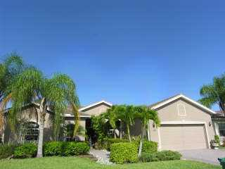 Laurel Lakes : Naples Fl Homes For Sale & Naples Fl Real Estate