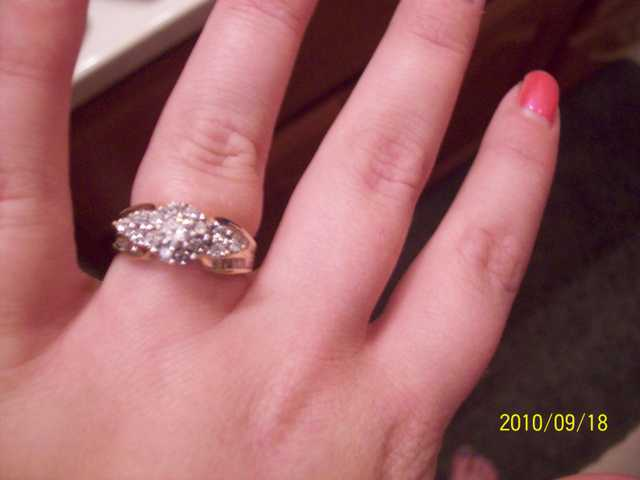 Beautiful Diamond Engagement Ring For Sale! Bargain!