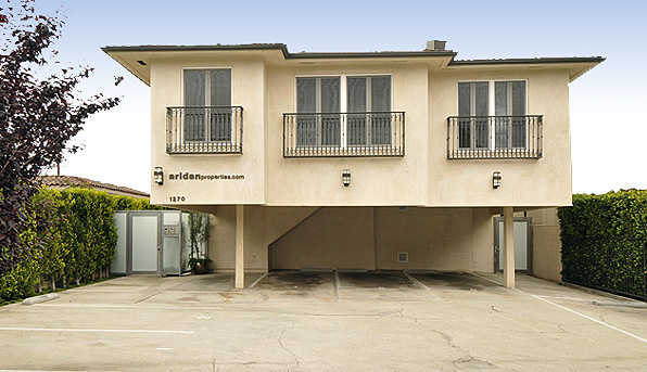 New, Modern Condo! 2bds / 1.5bas W / Office Space!