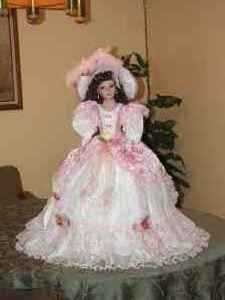 Gorgeous Limited Edition Antebellum Doll