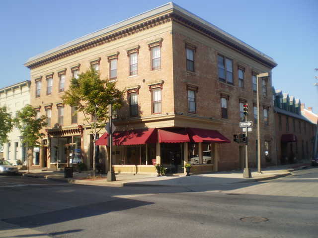 Pristine Condo Heart Of Downtown Frederick Less Than Renting!