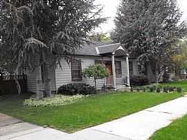 Roomy 4 Bedroom Home On North End Of Boise