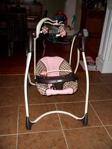 Graco Baby Swing!
